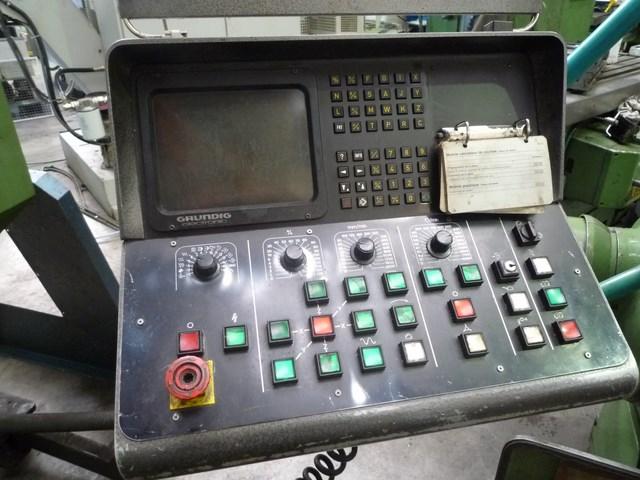 CNC milling machine DECKEL FP4 ATC